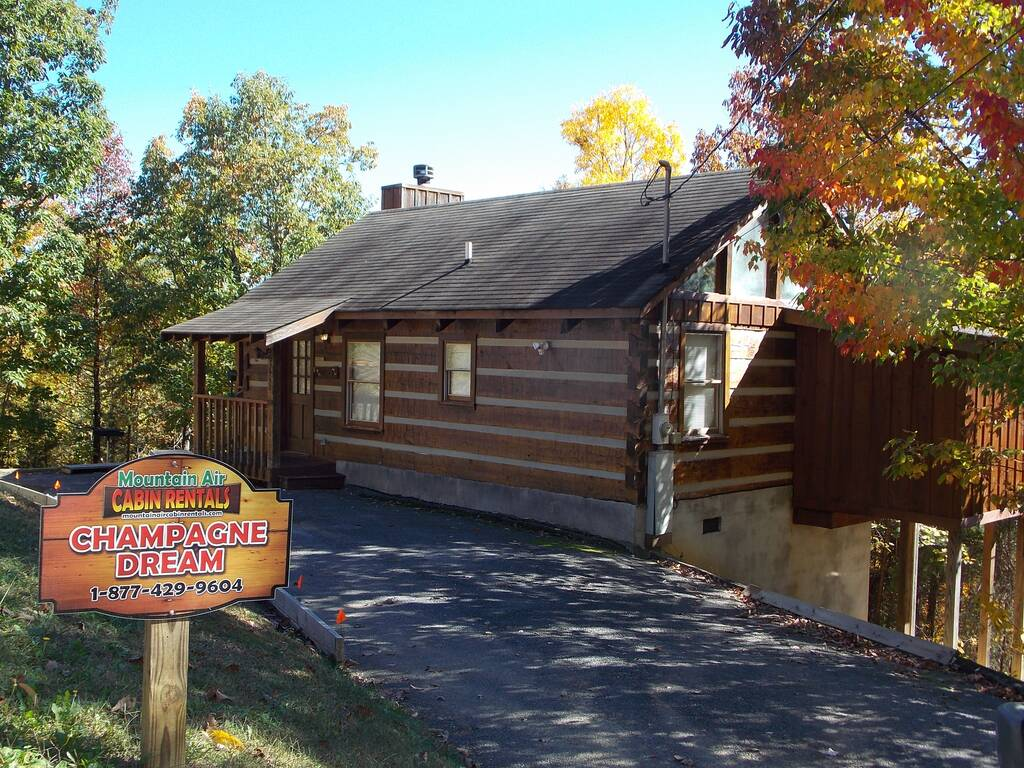 tn cabins smoky escapes cabin sevierville mountain rental tennessee great mountains rentals townsend